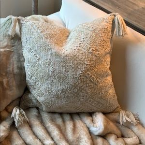 """Gorgeous gold and white tasseled pillow 18"""" square"""